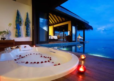 MALDIVES HONEYMOON PACKAGE2